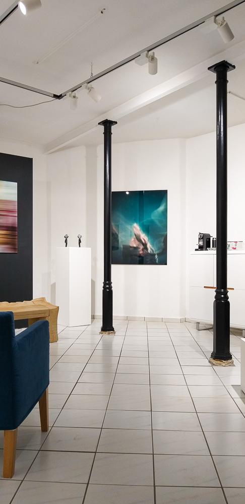 ARTLAUNCH Schaufenstergalerie Leisnig. Kunstwerke von Suzanne von Borsody, Mirko Joerg Kellner, Thomas Schmidt, Silvia Evers