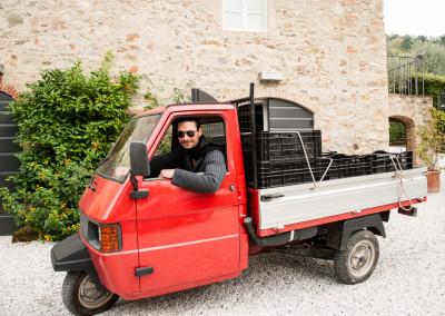Mirko Joerg Kellner bei Fotoreportage zur Olivenernte in der Toskana bei Il Casone 1729